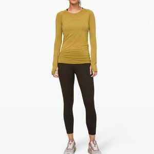Lululemon swiftly tech LS Crew NWT sz 6